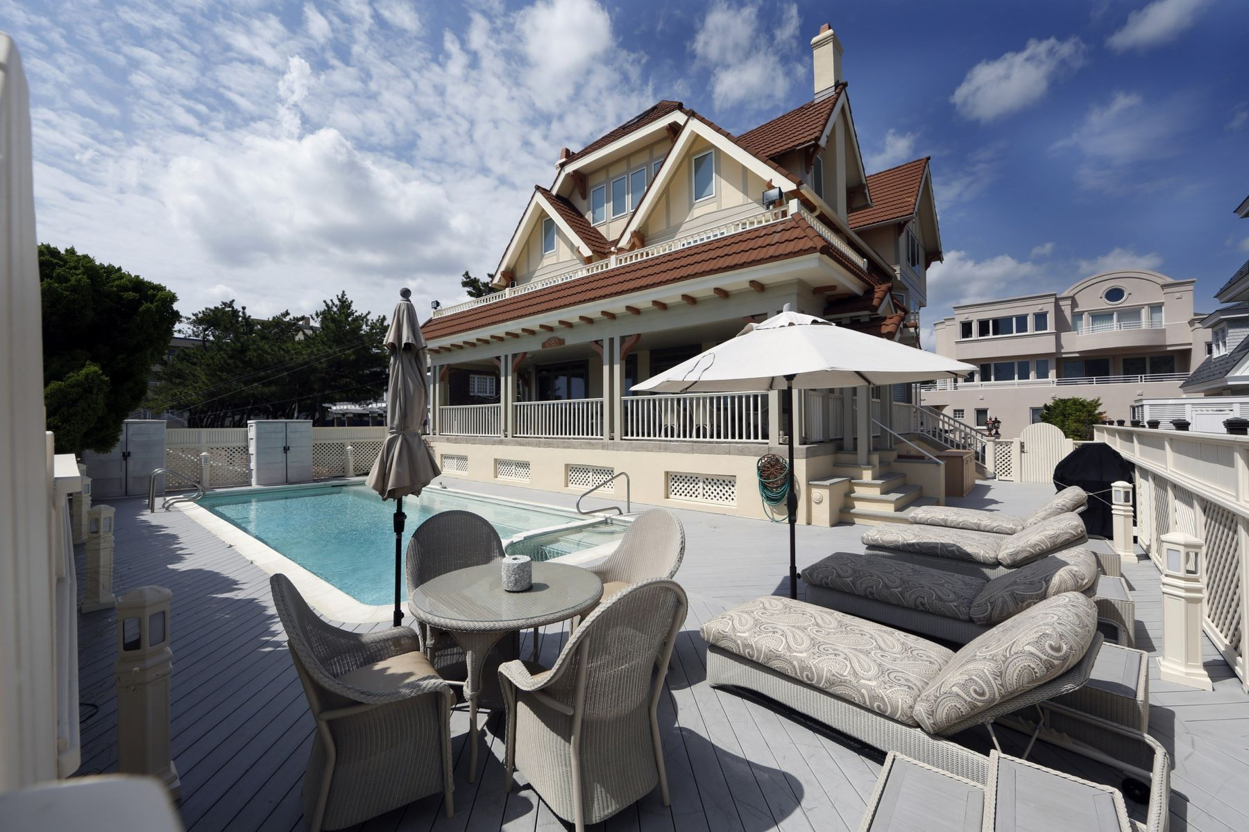 Single Family Home for Sale at Ventnor, New Jersey 08406 United States