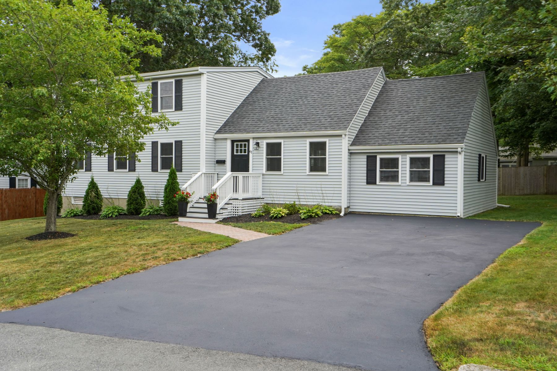Single Family Homes for Sale at 61 Constitution Ave, Weymouth 61 Constitution Avenue Weymouth, Massachusetts 02190 United States