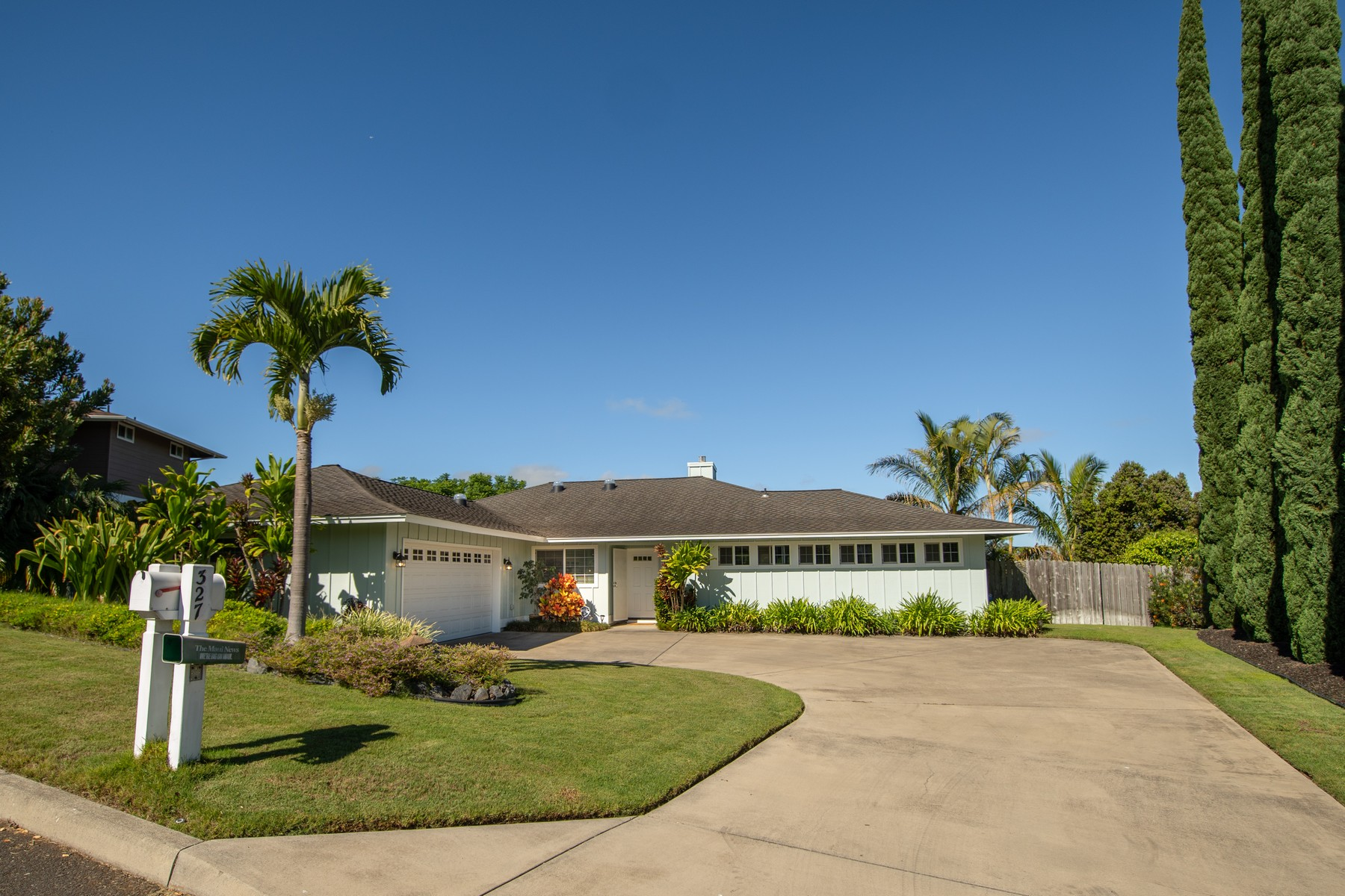 Single Family Homes 為 出售 在 Single Level Gem in Kula Maui 327 Kulamanu Circle, Kula, 夏威夷 96790 美國