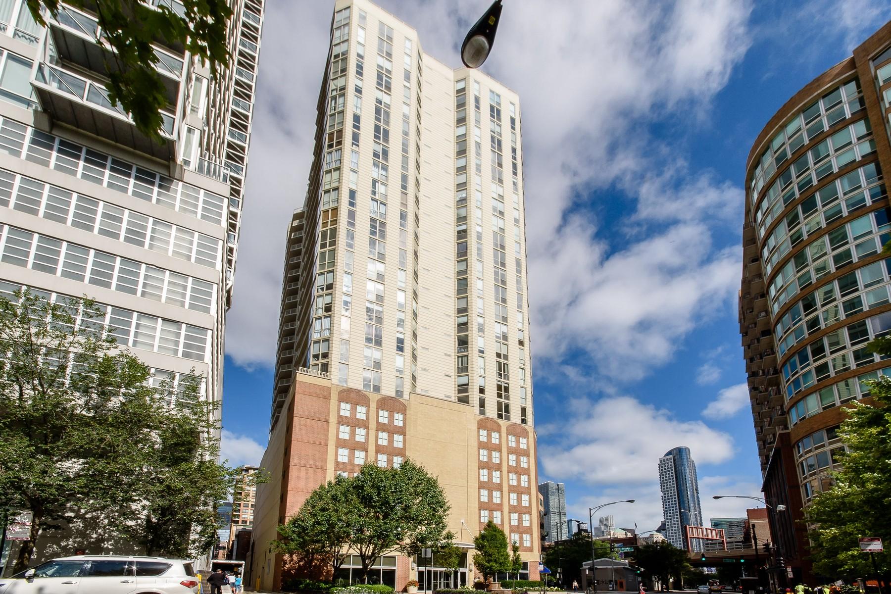 콘도미니엄 용 매매 에 Sunny Corner Unit 645 N Kingsbury Street Unit 1609, Chicago, 일리노이즈, 60654 미국