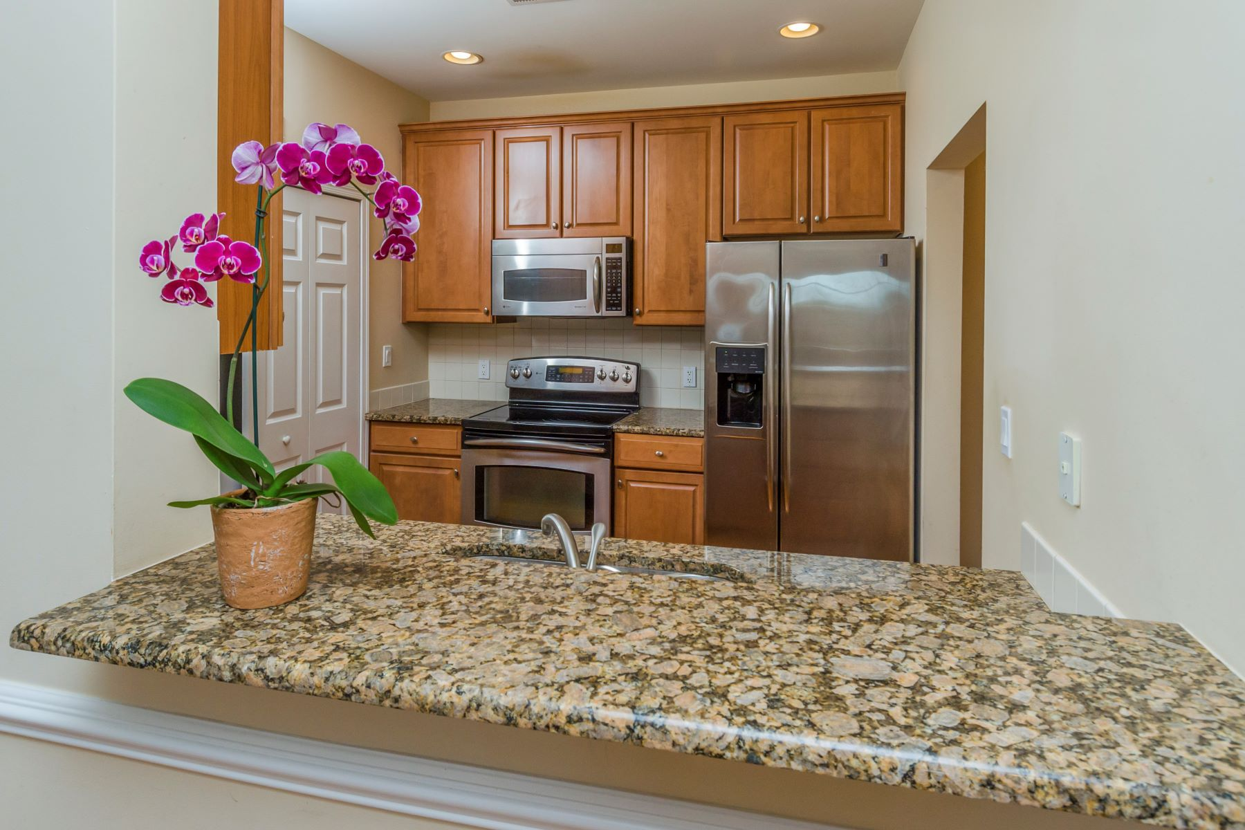 Additional photo for property listing at Rare Opportunity for a One Bedroom Unit at Highlands at Cranbury Brook 100 Middlesex Boulevard #328, Plainsboro, ニュージャージー 08536 アメリカ
