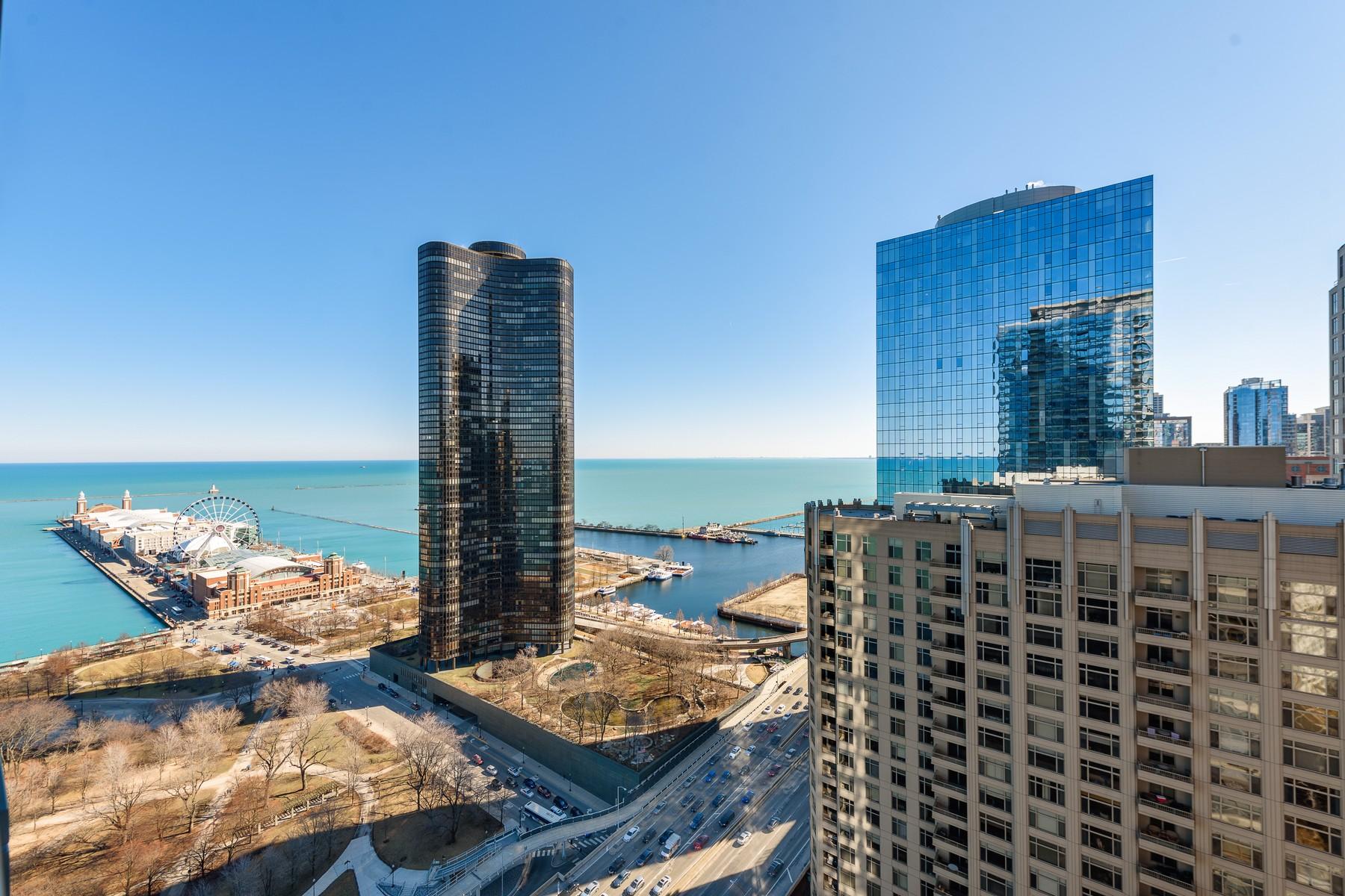 콘도미니엄 용 매매 에 Largest Floor-Plan with Incredible Views 600 N Lake Shore Drive Unit 3107, Near North Side, Chicago, 일리노이즈, 60611 미국