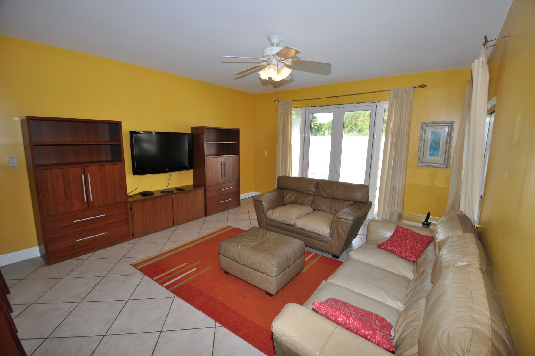 Additional photo for property listing at Treasure Cove House with Pool #157 Treasure Cove, Yamacraw, New Providence/Nassau Bahamas