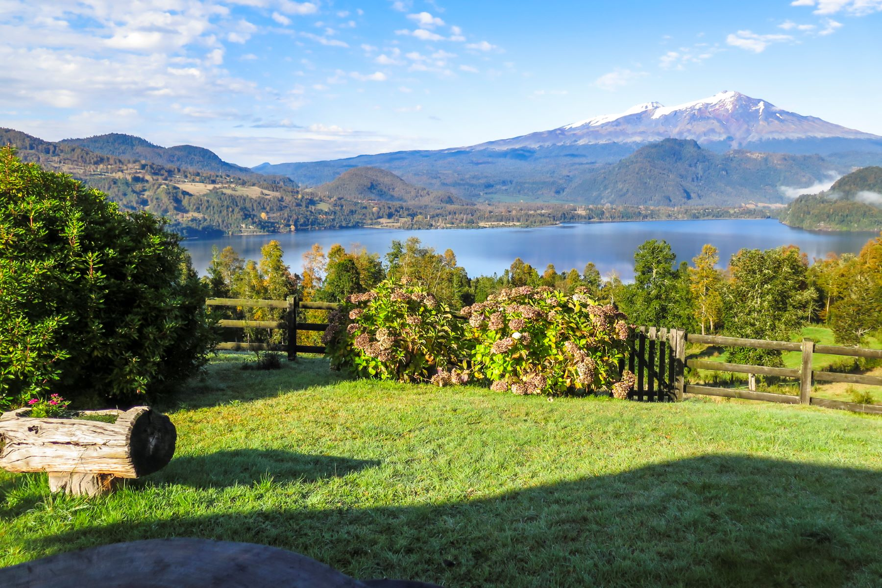 Granjas / Hacienda / Platanción por un Venta en Vegetación Exuberante y Vistas Asombrosas en Lago Neltume, Panguipilli Panguipulli, Valdivia, Los Rios Chile