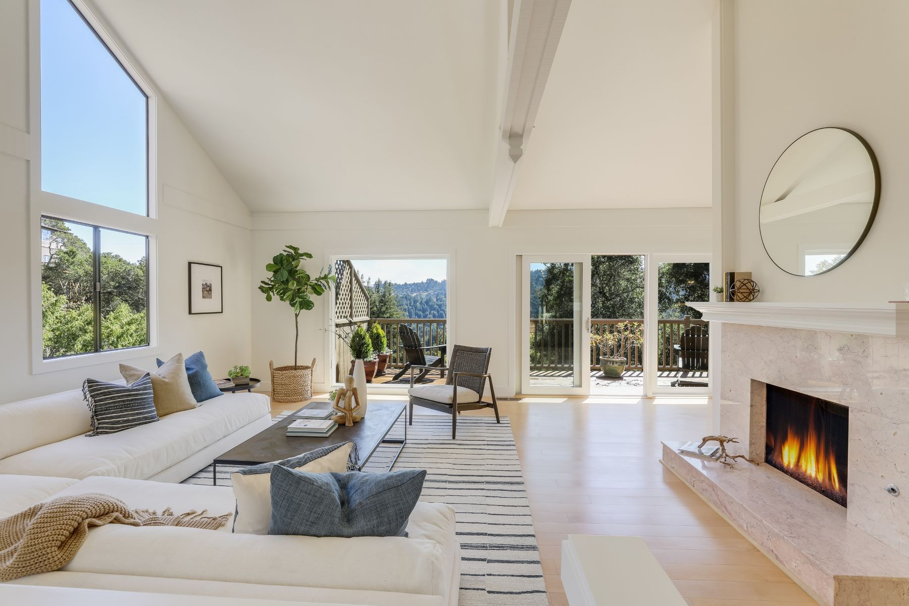 Single Family Homes pour l Vente à Stunning Mill Valley Contemporary 54 Greenwood Way, Mill Valley, Californie 94941 États-Unis