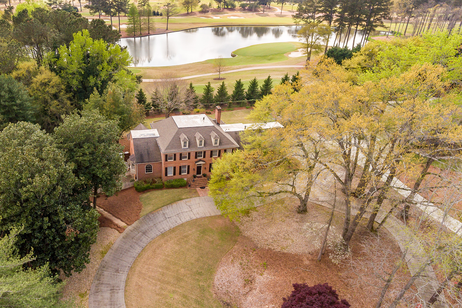 獨棟家庭住宅 為 出售 在 Incredible Opportunity On Atlanta Athletic Club Golf Course 9405 Riverclub Parkway Johns Creek, 喬治亞州 30097 美國