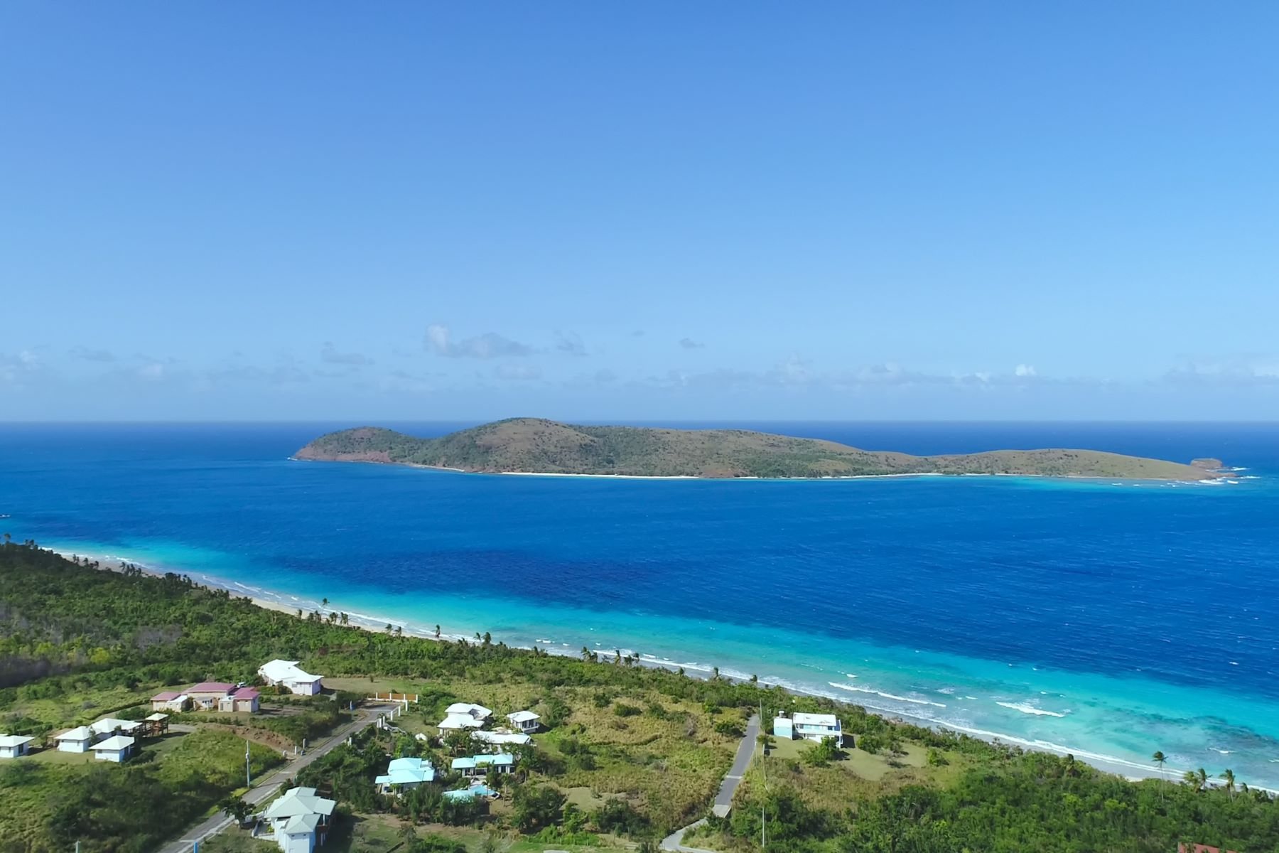 Additional photo for property listing at Casa Luar on Culebra Island Lot 2, Alturas de Zoni Culebra, Puerto Rico 00775 Porto Rico