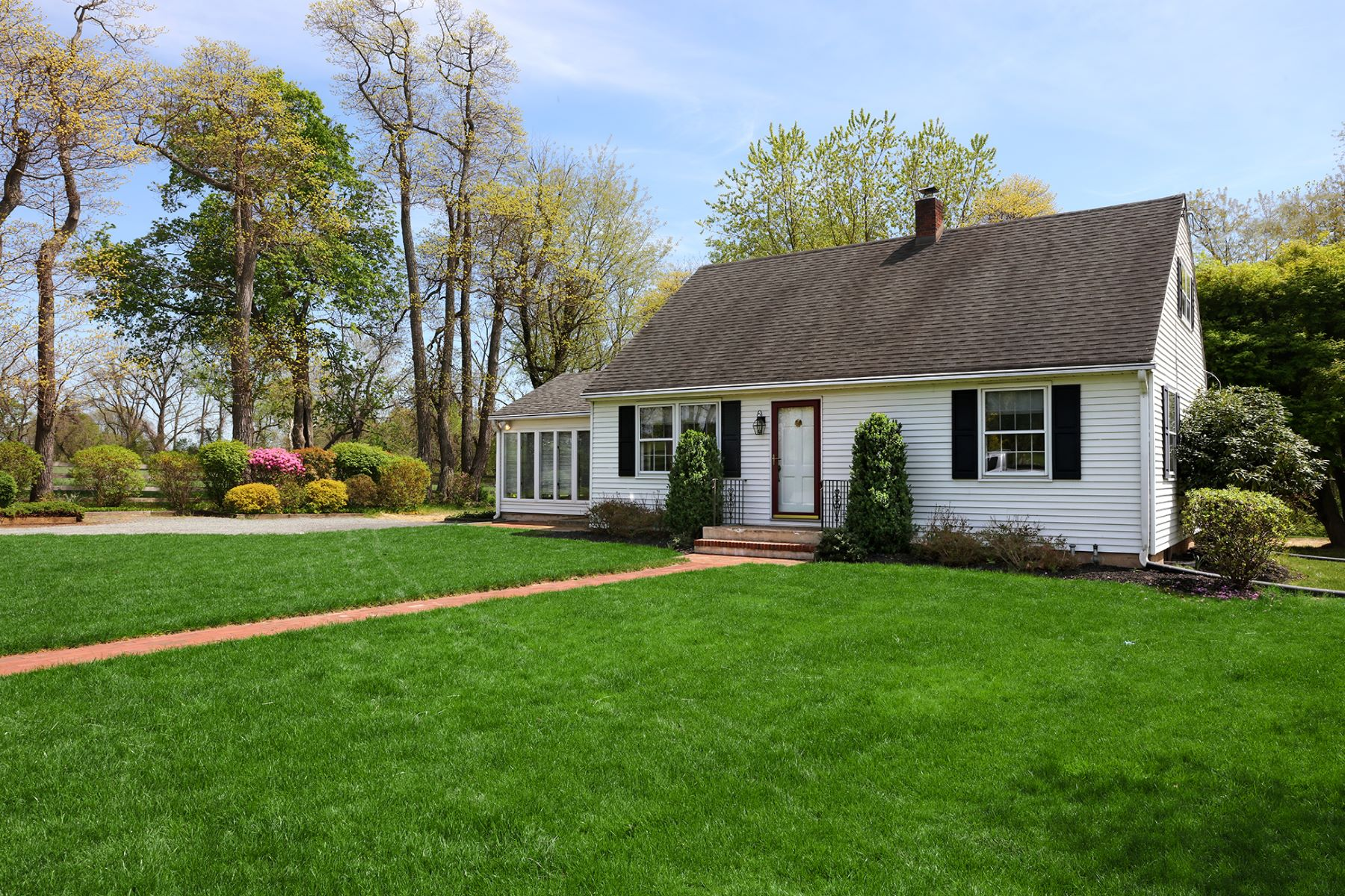 Single Family Homes for Sale at The Perfect Beginning 37 Patterson Avenue, Titusville, New Jersey 08560 United States