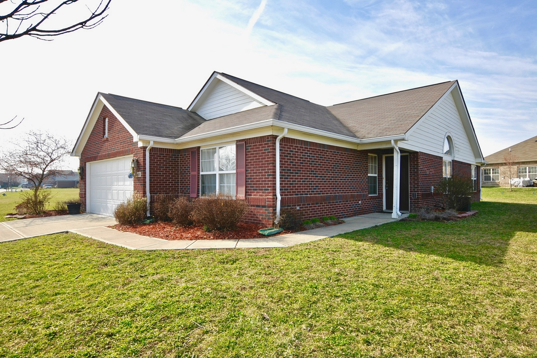 Single Family Home for Sale at Well Maintained Ranch Home 13420 N. Carefree Court Camby, Indiana 46113 United States