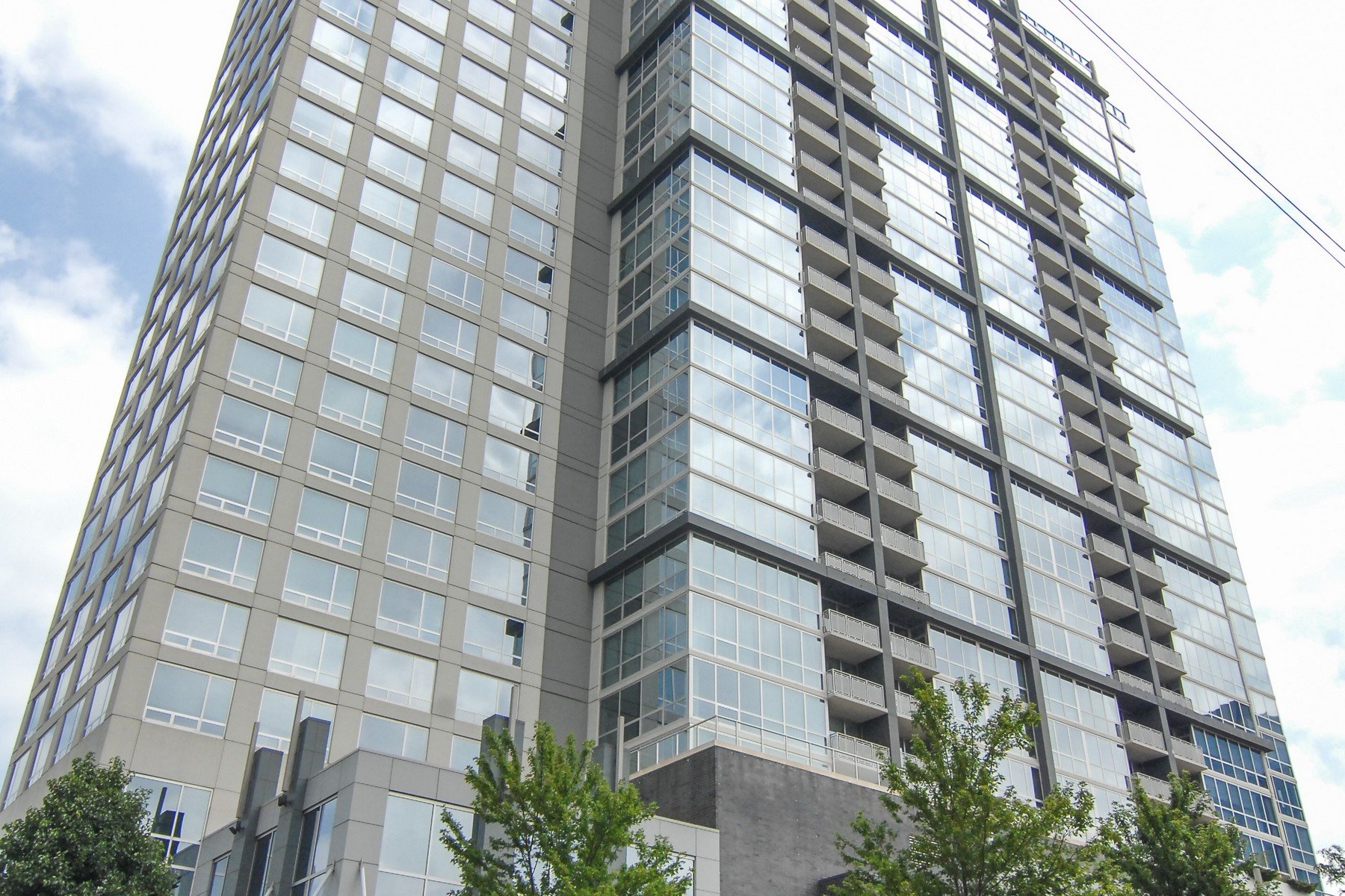 コンドミニアム のために 売買 アット Prime Luxury Condo 1901 S Calumet Avenue Unit 2007 Chicago, イリノイ, 60616 アメリカ合衆国