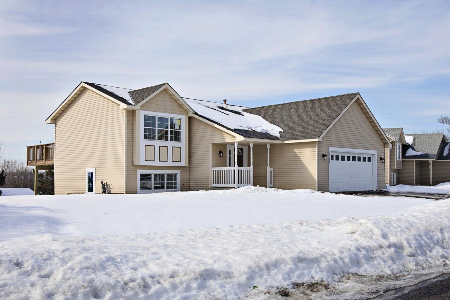 Maison unifamiliale pour l à vendre à 1733 Ashland Avenue St. Paul Park, Minnesota, 55071 États-Unis