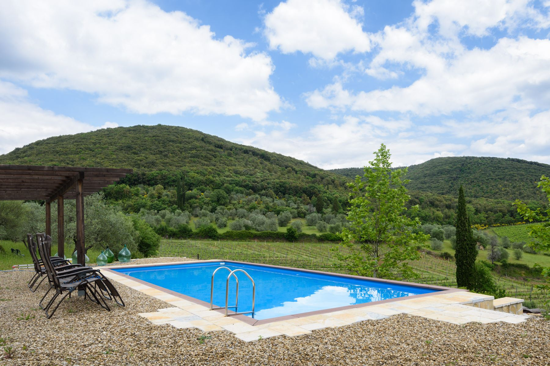 Single Family Home for Sale at Wonderful stone villa with magnificent views of Chianti Castelnuovo Berardenga, Siena Italy