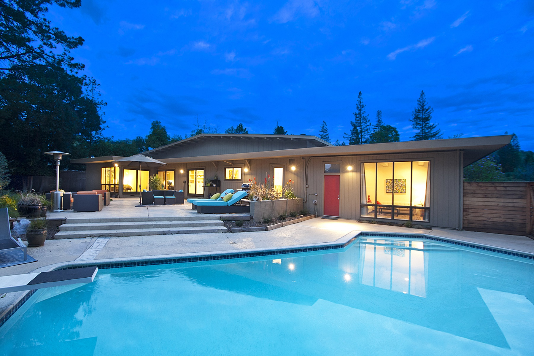 sales property at Fabulous Mid-Century Modern In Roundhill