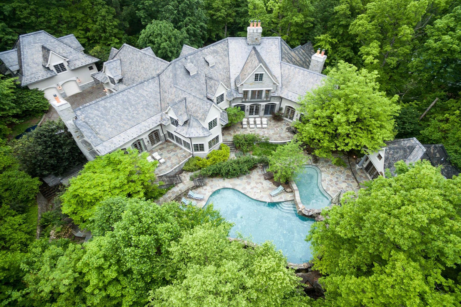 Частный односемейный дом для того Продажа на The House That AOL Built 13768 Balmoral Greens Ave Clifton, Виргиния 20124 Соединенные Штаты