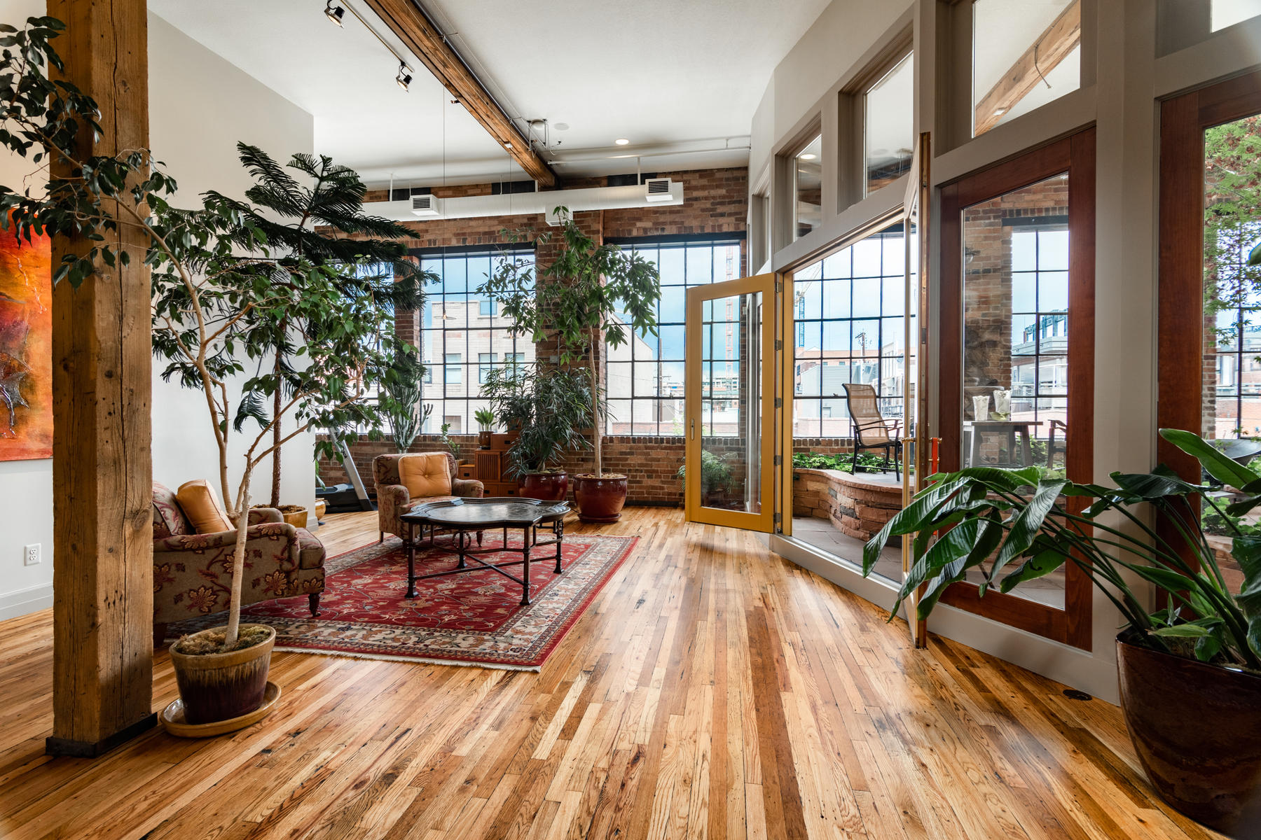 Single Family Homes for Active at Luxurious LoDo Loft 1936 Market St #U-II Denver, Colorado 80202 United States