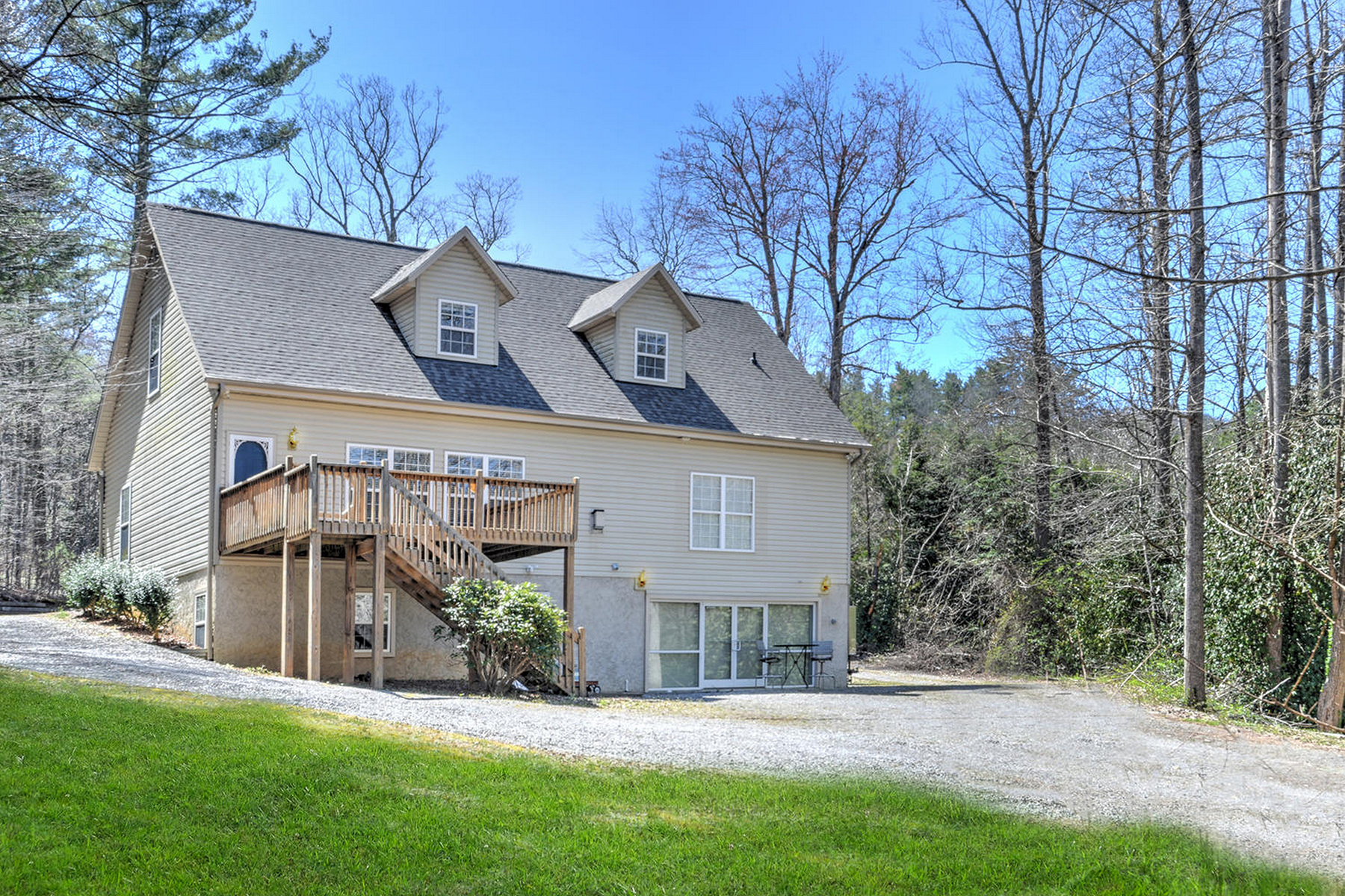 Single Family Home for Active at FAIRVIEW 985 Charlotte Hwy Fairview, North Carolina 28730 United States
