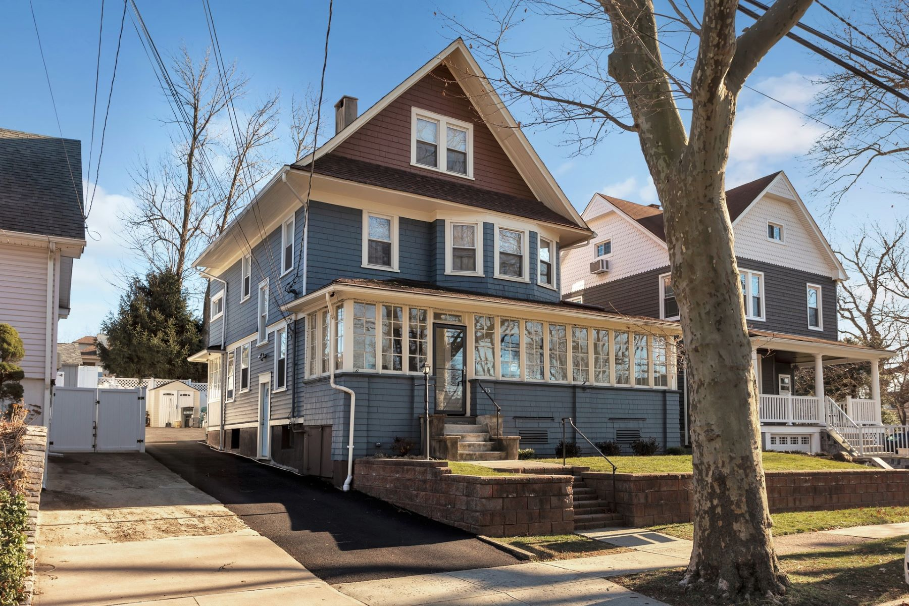 Multi-Family Homes للـ Sale في OPPORTUNITY OF S LIFE TIME 303 Carmita Ave, Rutherford, New Jersey 07070 United States