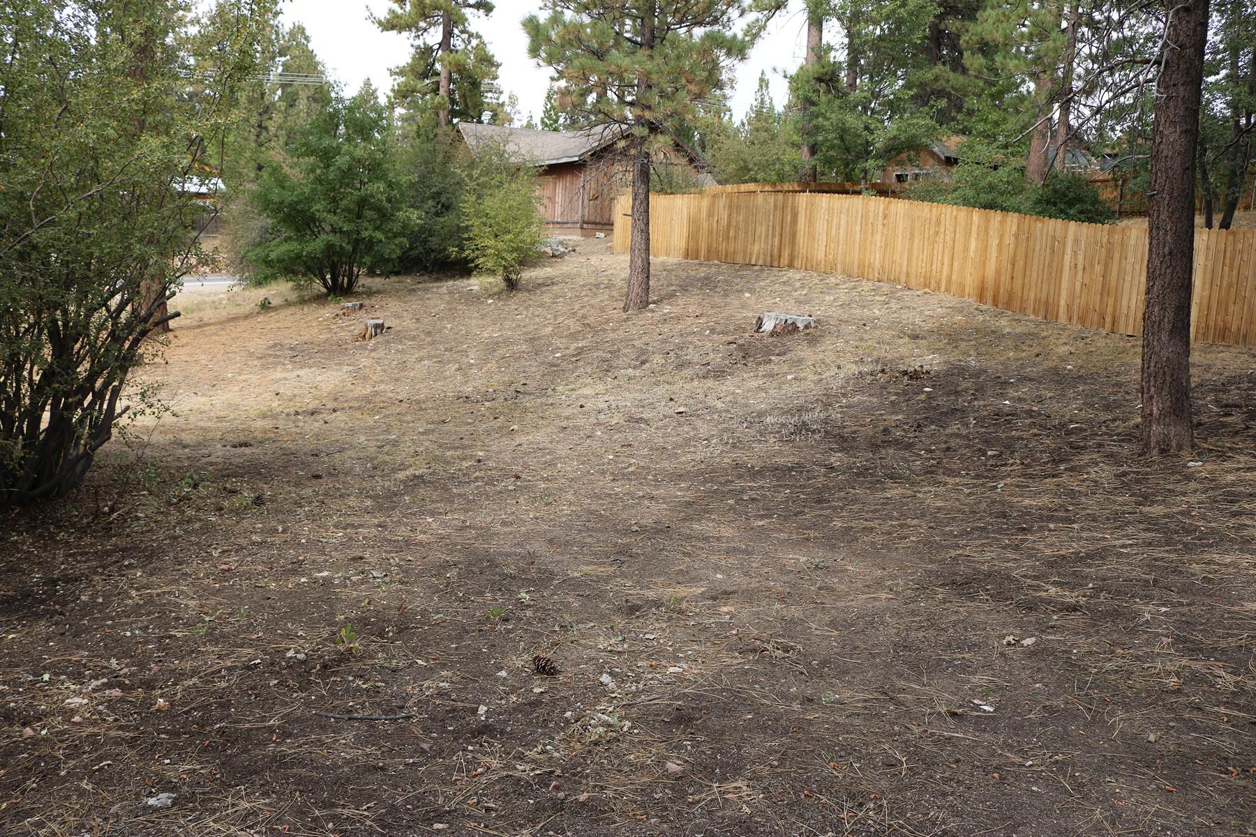Propriété pour l Vente à 40080 Highland Road Big Bear Lake, CA 92315 Big Bear Lake, Californie 92315 États-Unis