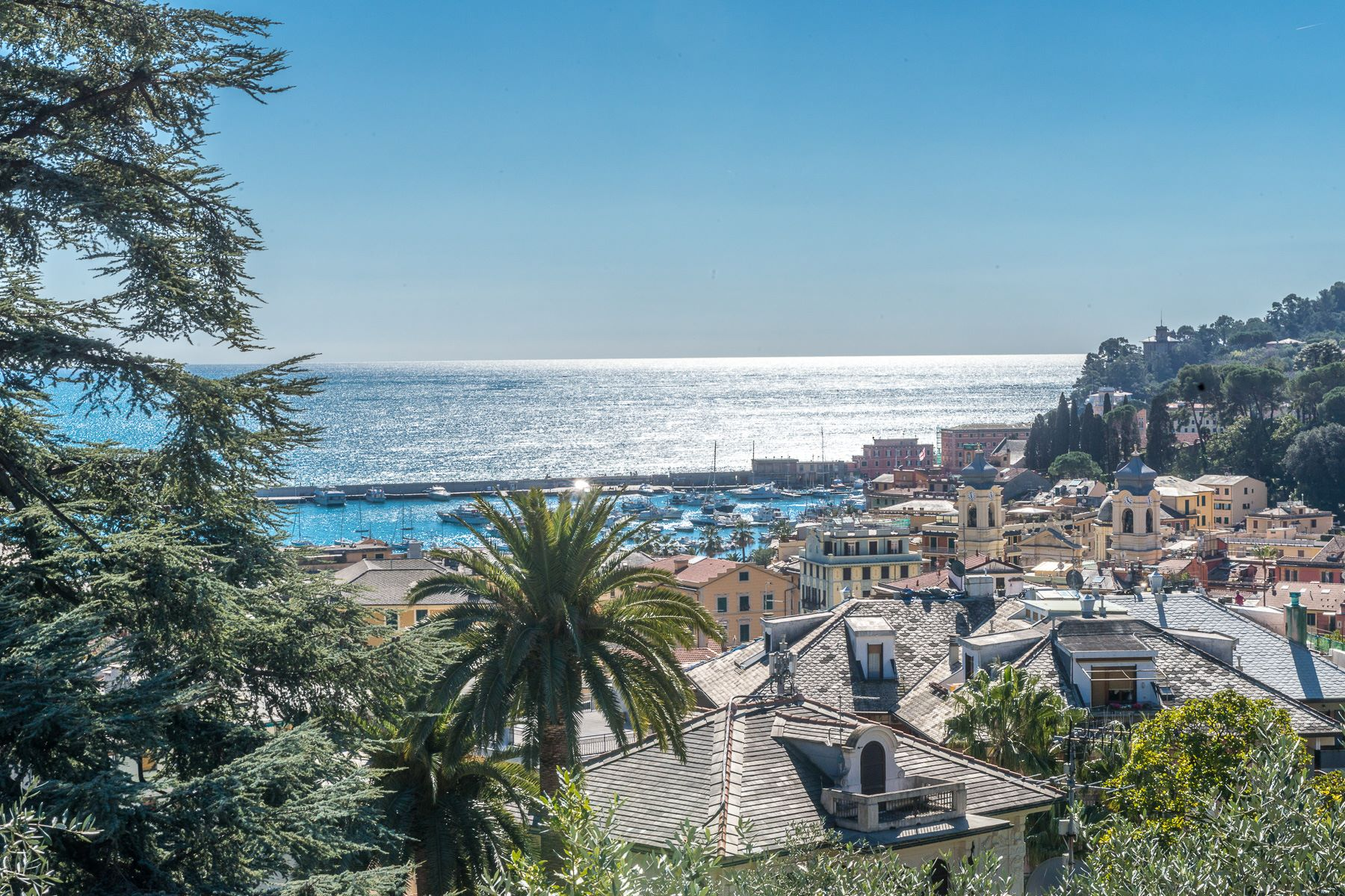 Vivienda unifamiliar por un Venta en Exquisite villa with private garden and amazing sea view Santa Margherita Ligure, Genoa Italia