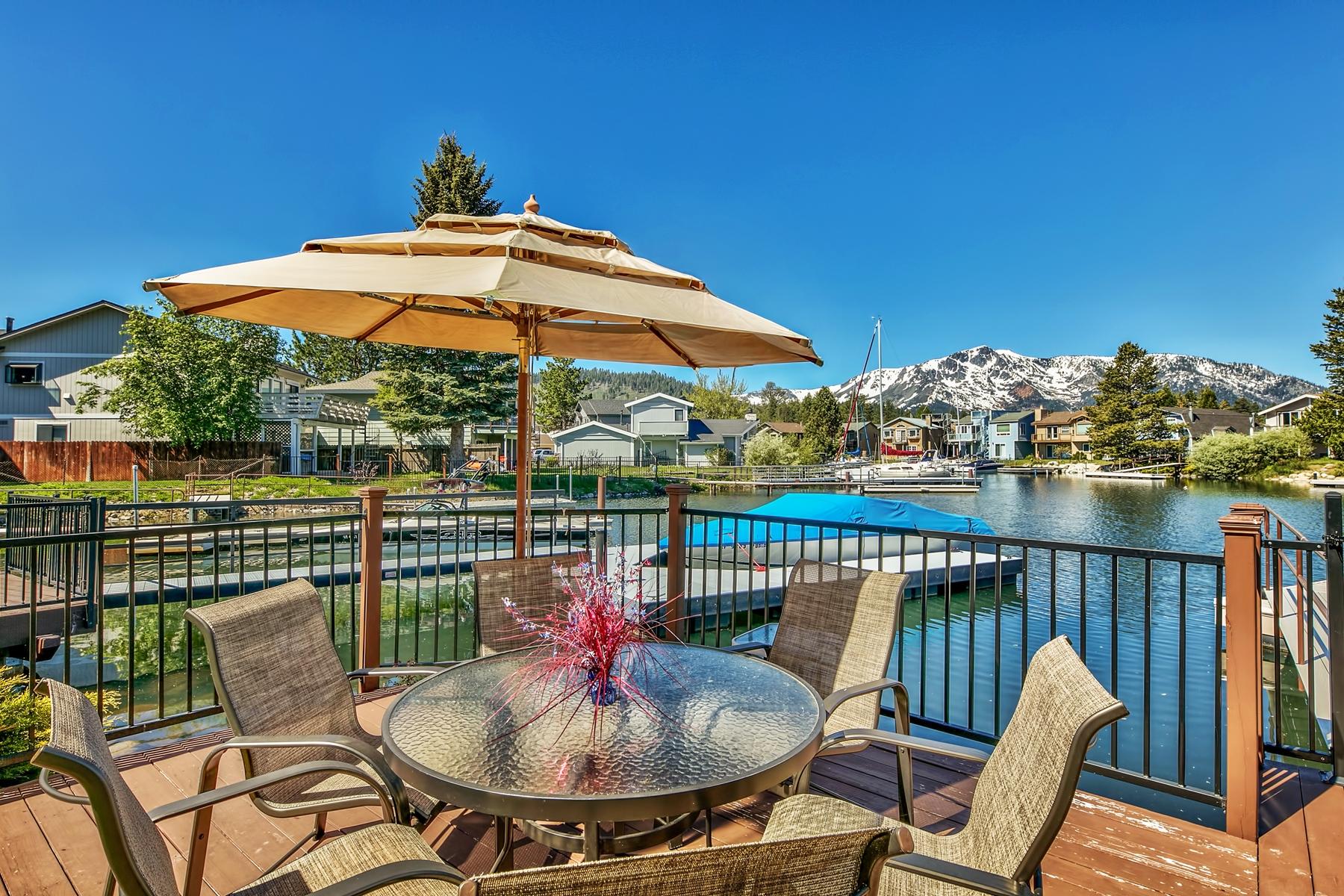 Additional photo for property listing at 560 Alpine Drive, South Lake Tahoe, CA 96150 560 Alpine Drive South Lake Tahoe, California 96150 Estados Unidos