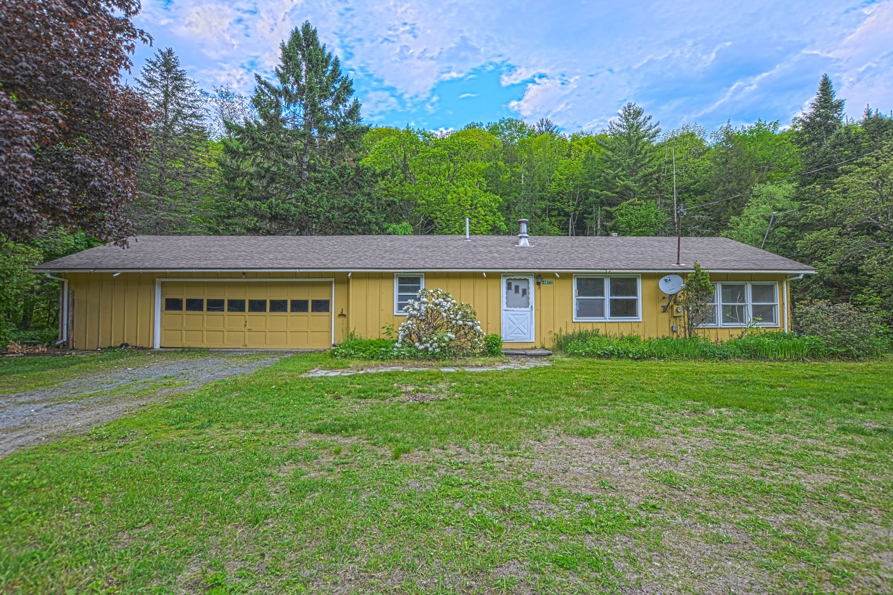 single family homes for Sale at Ranch Home in Vershire on 6 Acres 4872 Vt Route 113 Vershire, Vermont 05079 United States