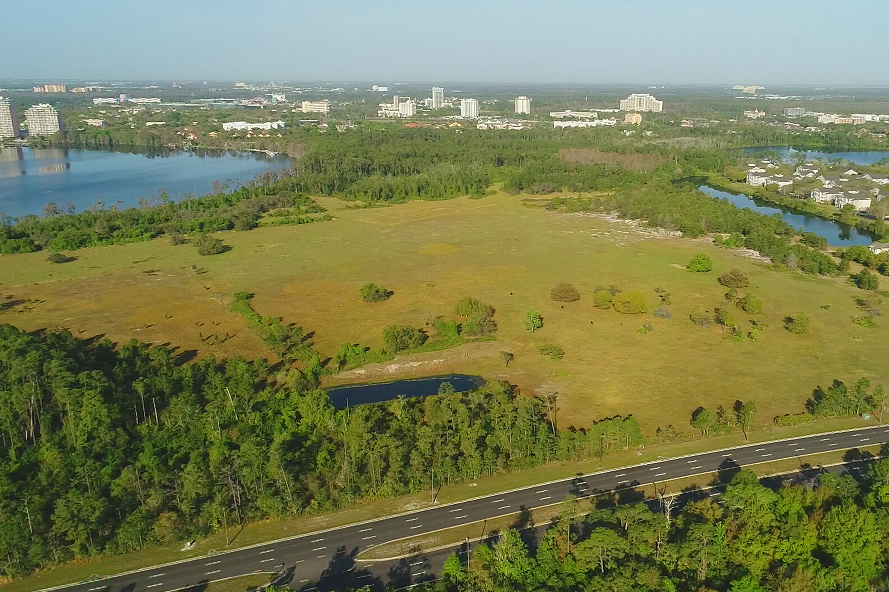 Additional photo for property listing at ORLANDO 13300 International Dr Dr Orlando, Florida 32821 United States
