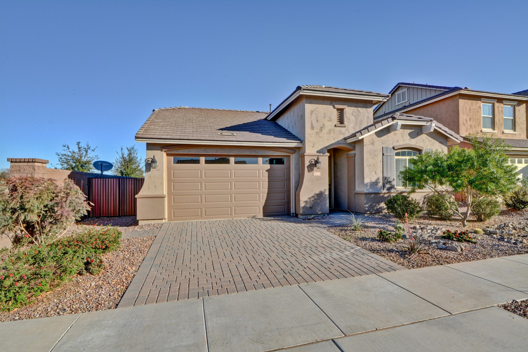 Single Family Home for Sale at Exquisite Fulton Home 20732 E RAVEN DR, Queen Creek, Arizona, 85142 United States