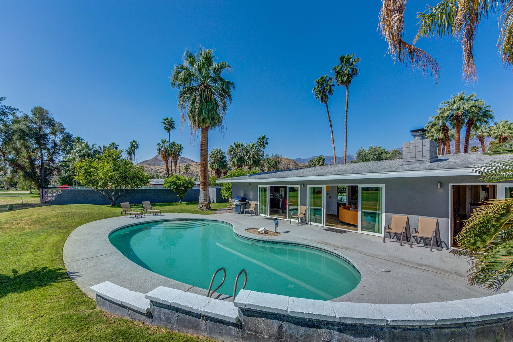 独户住宅 为 销售 在 2054 S Brentwood Drive North Palm Springs, 加利福尼亚州, 92264 美国