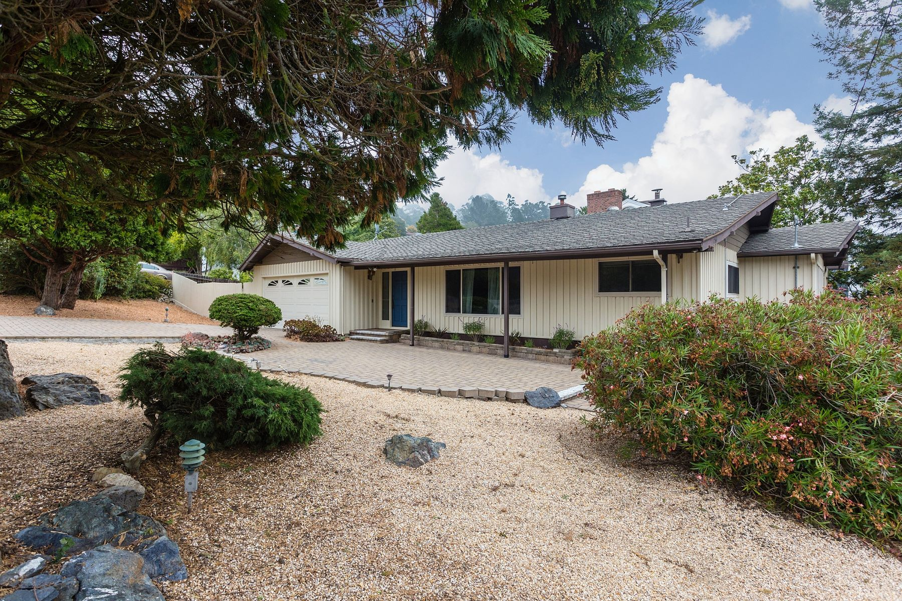 Single Family Home for Sale at Level-In Mid Century Home 1264 Arlington Boulevard El Cerrito, California 94530 United States
