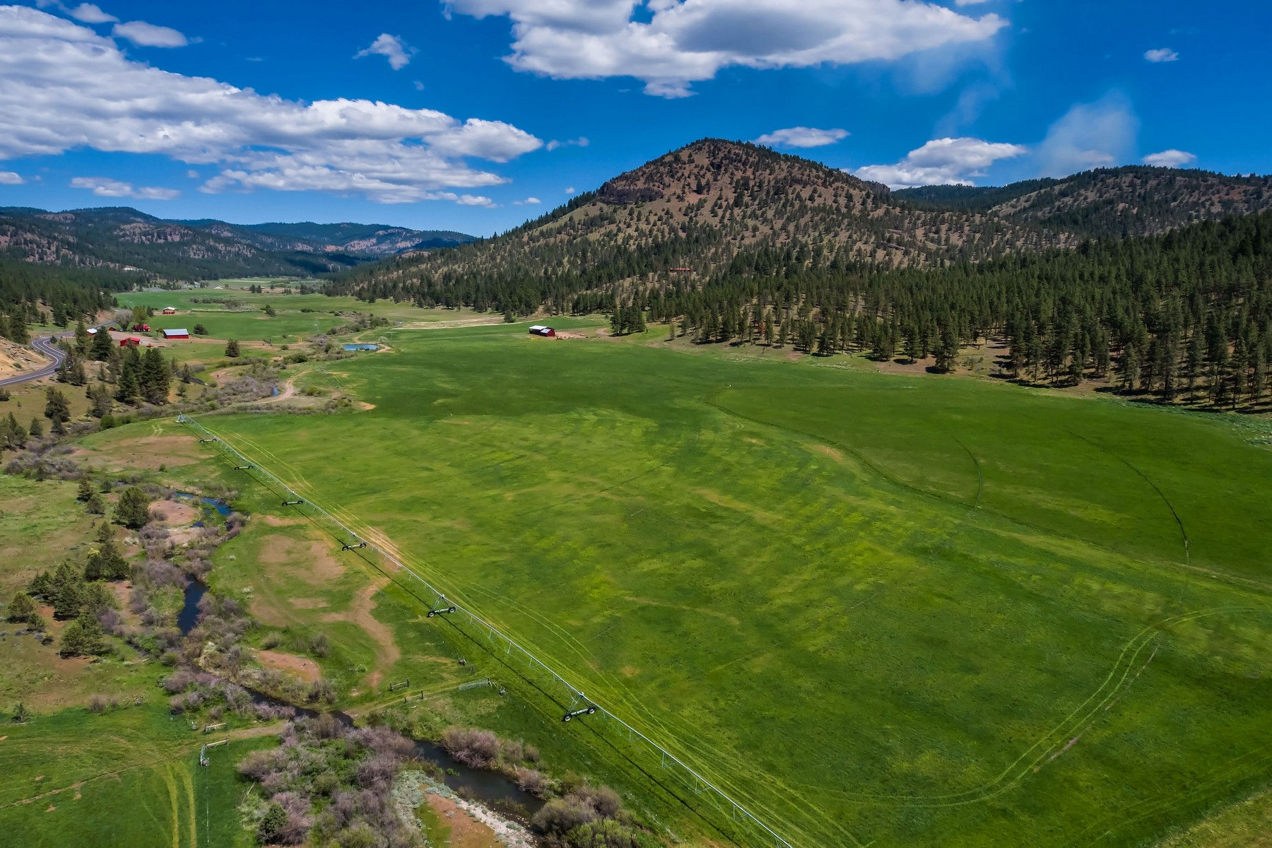 Farm / Ranch / Plantation for Active at Mahogany Butte Ranch - Prineville, OR 7900 NE Mill Creek Road Prineville, Oregon 97754 United States