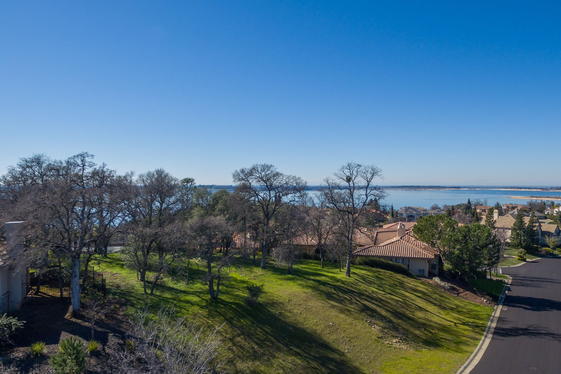 Land for Active at 602 Lakecrest Drive, El Dorado Hills, CA 95762 602 Lakecrest Drive El Dorado Hills, California 95762 United States