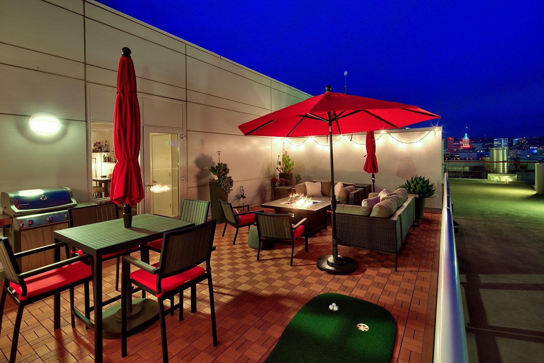 コンドミニアム のために 売買 アット Exceptional Penthouse Condo In Jack London Square 222 Broadway #1503 Oakland, カリフォルニア 94607 アメリカ合衆国