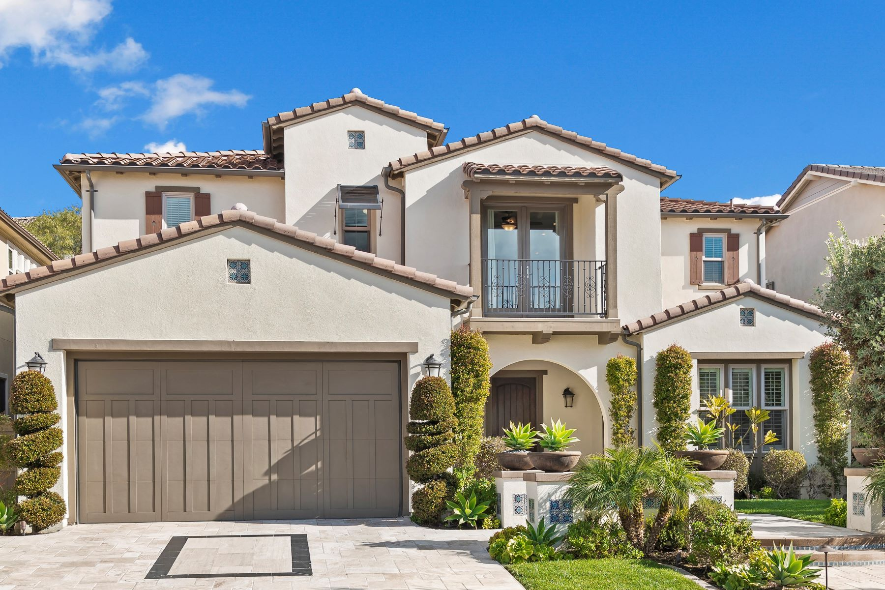 Single Family Homes for Sale at 15 Calle Loyola San Clemente, California 92673 United States