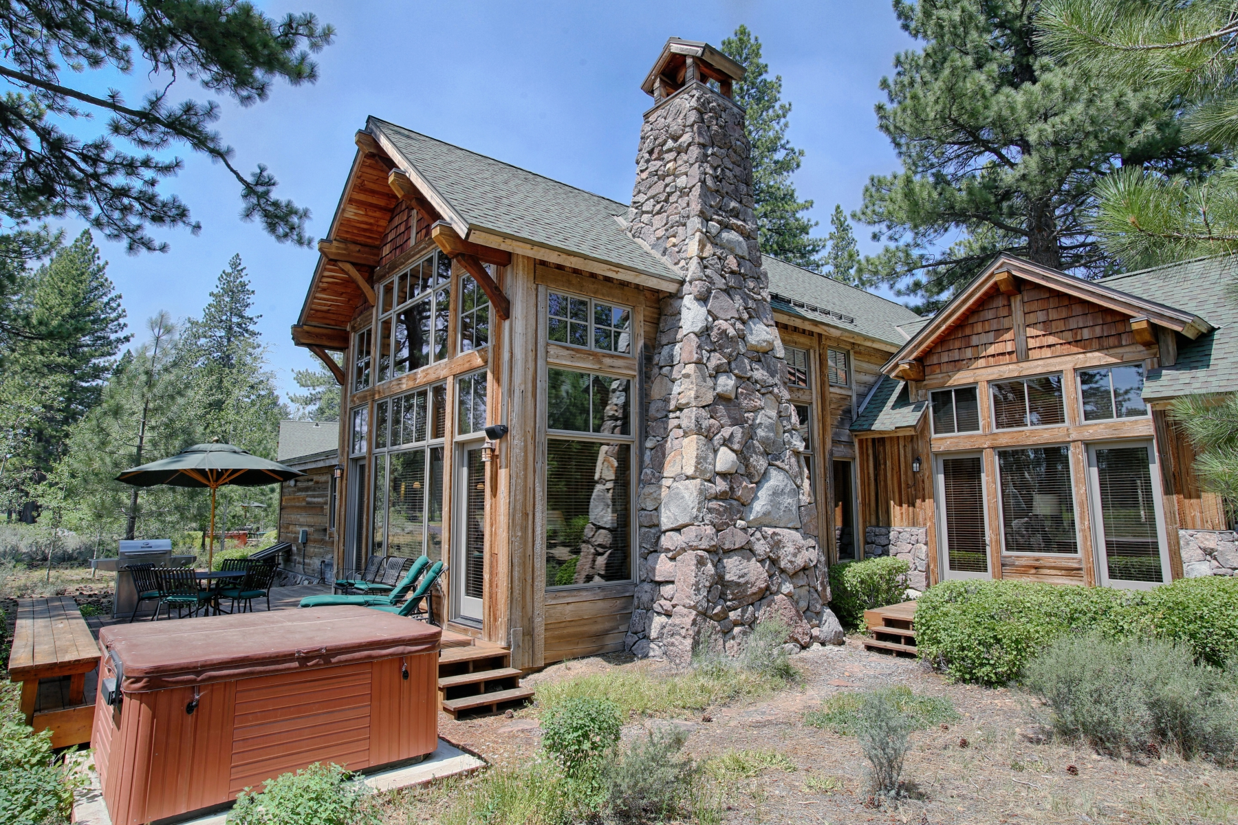 Single Family Home for Active at 12220 Lookout Loop F21-26, Truckee, California 96161 12220 Lookout Loop F21-26 Truckee, California 96161 United States