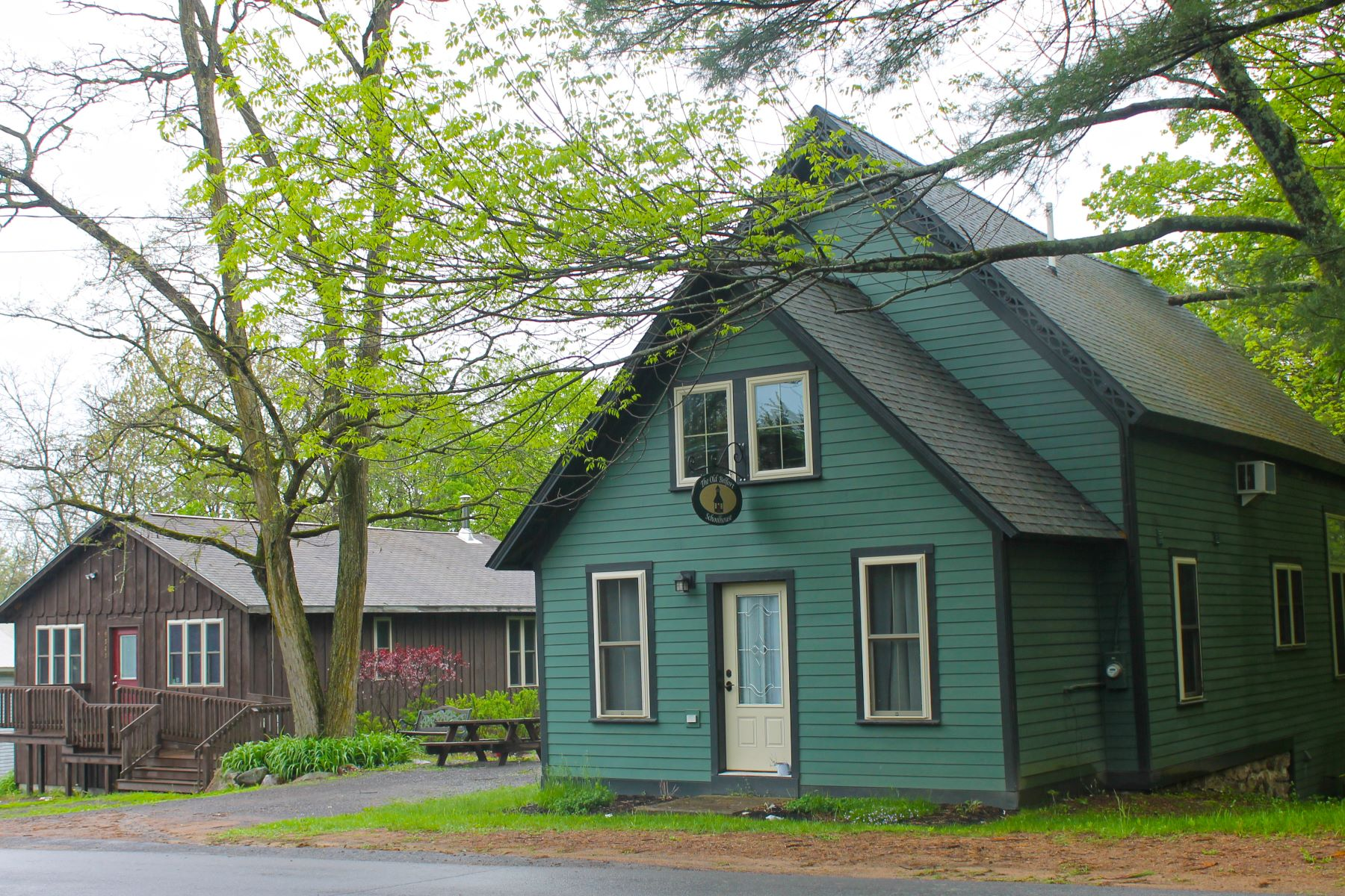 Single Family Homes för Försäljning vid Enjoy country living in The Old Belfort Schoolhouse 9541 Belfort Road, Croghan, New York 13327 Förenta staterna