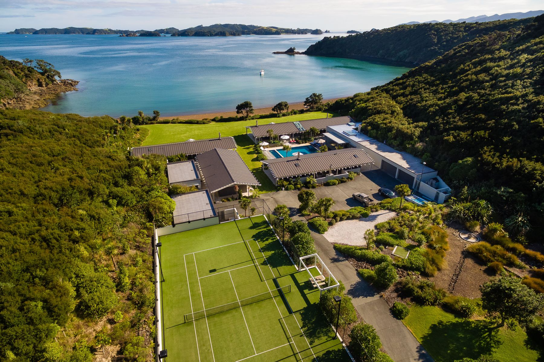 Multi-Family Homes للـ Sale في 285 Manawaora Road, Russell Bay Of Islands, Northland 0184 New Zealand