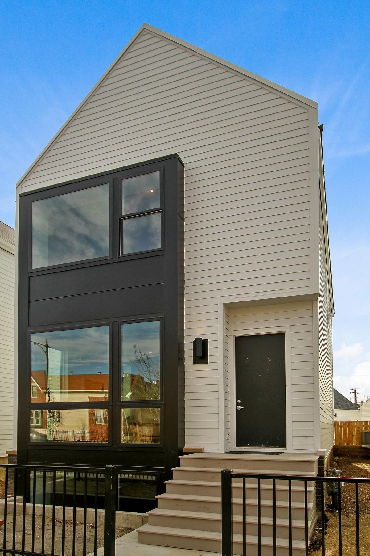 Casa Unifamiliar por un Venta en Great New Development 3722 N Milwaukee Avenue Irving Park, Chicago, Illinois, 60641 Estados Unidos