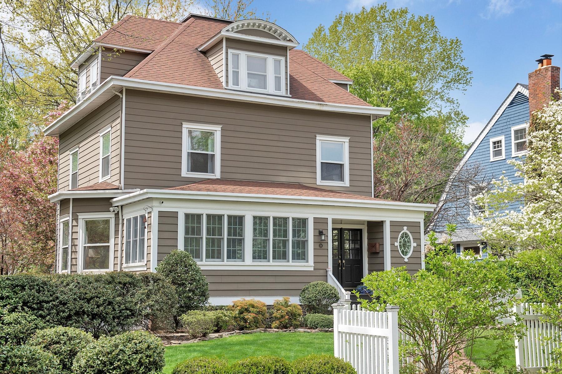 single family homes для того Продажа на Victorian Gem! 56 Sherman Avenue, Glen Ridge, Нью-Джерси 07028 Соединенные Штаты
