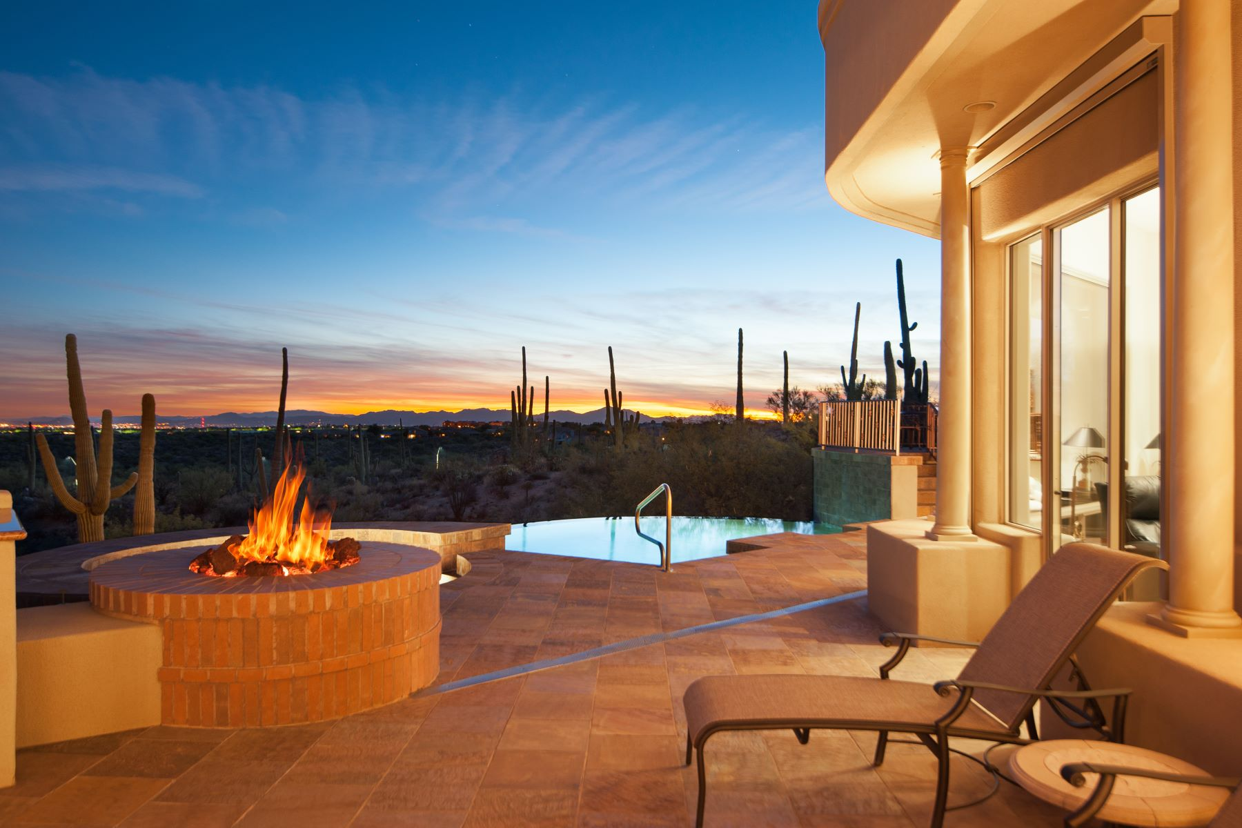 single family homes for Active at Combination of Contemporary & Mediterranean Architecture 238 E Allthorn Place Oro Valley, Arizona 85755 United States