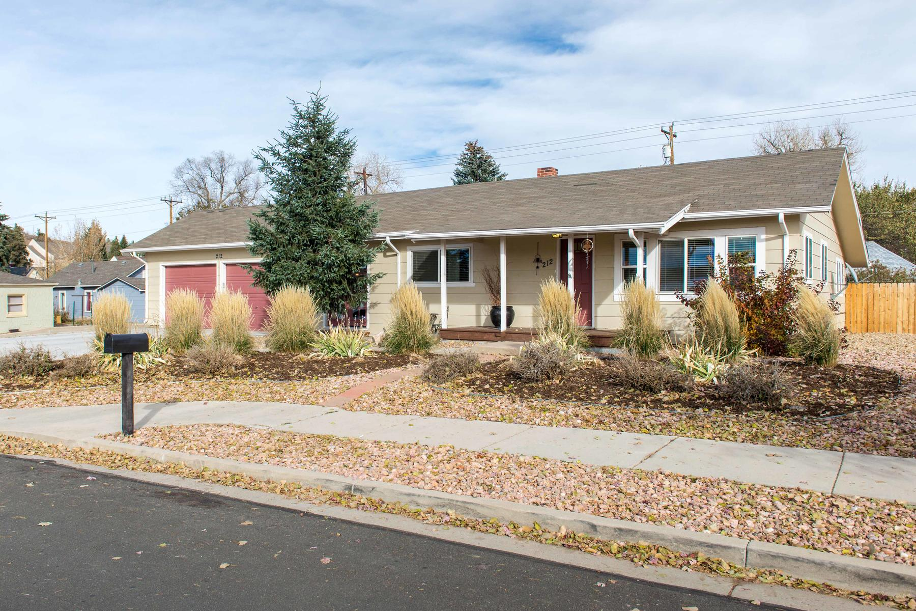 Single Family Home for Active at 212 Front Street 212 Front Street Castle Rock, Colorado 80104 United States