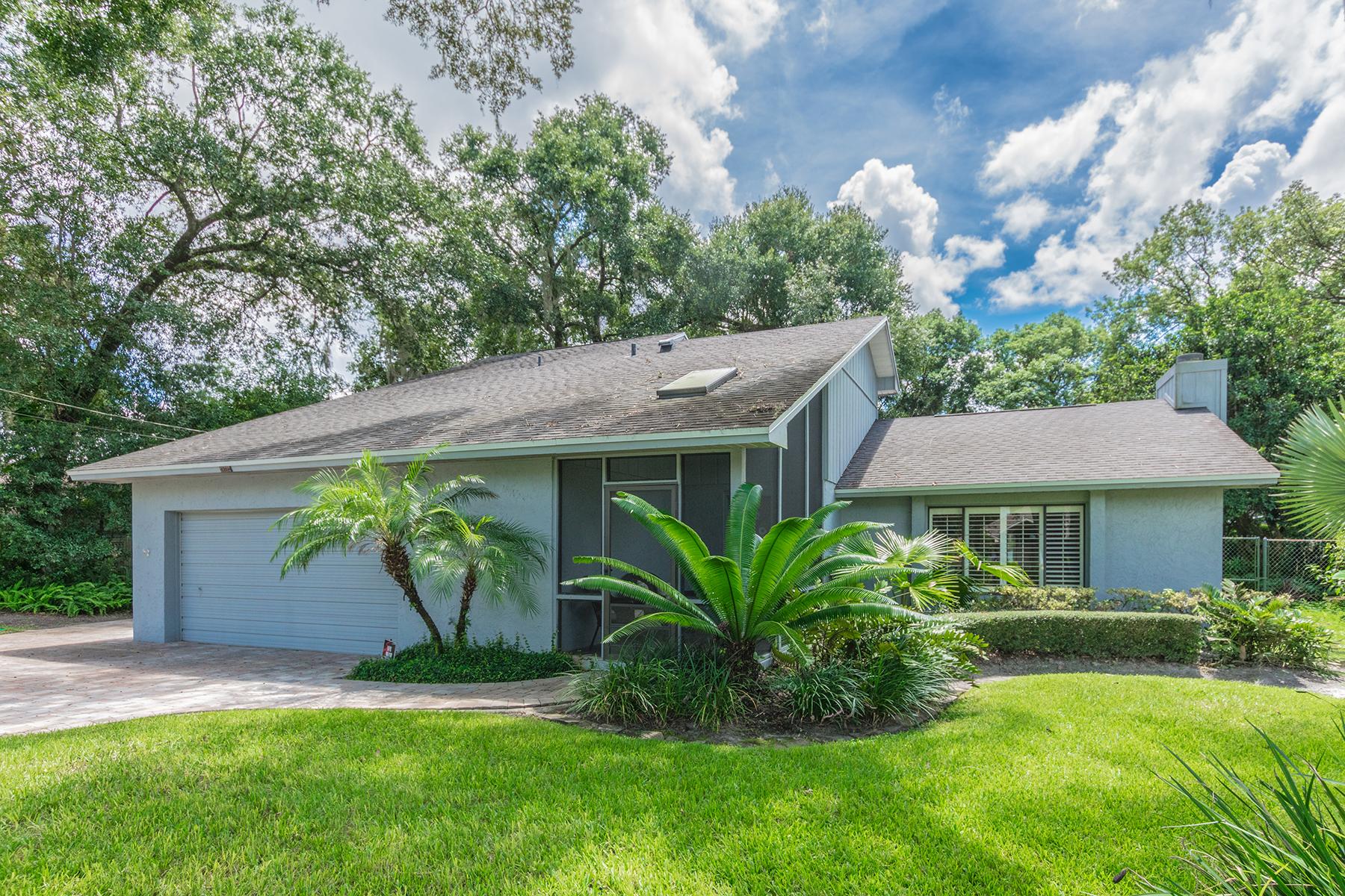 Einfamilienhaus für Verkauf beim ORLANDO - LONGWOOD 1301 Ridge Rd Longwood, Florida 32750 Vereinigte Staaten