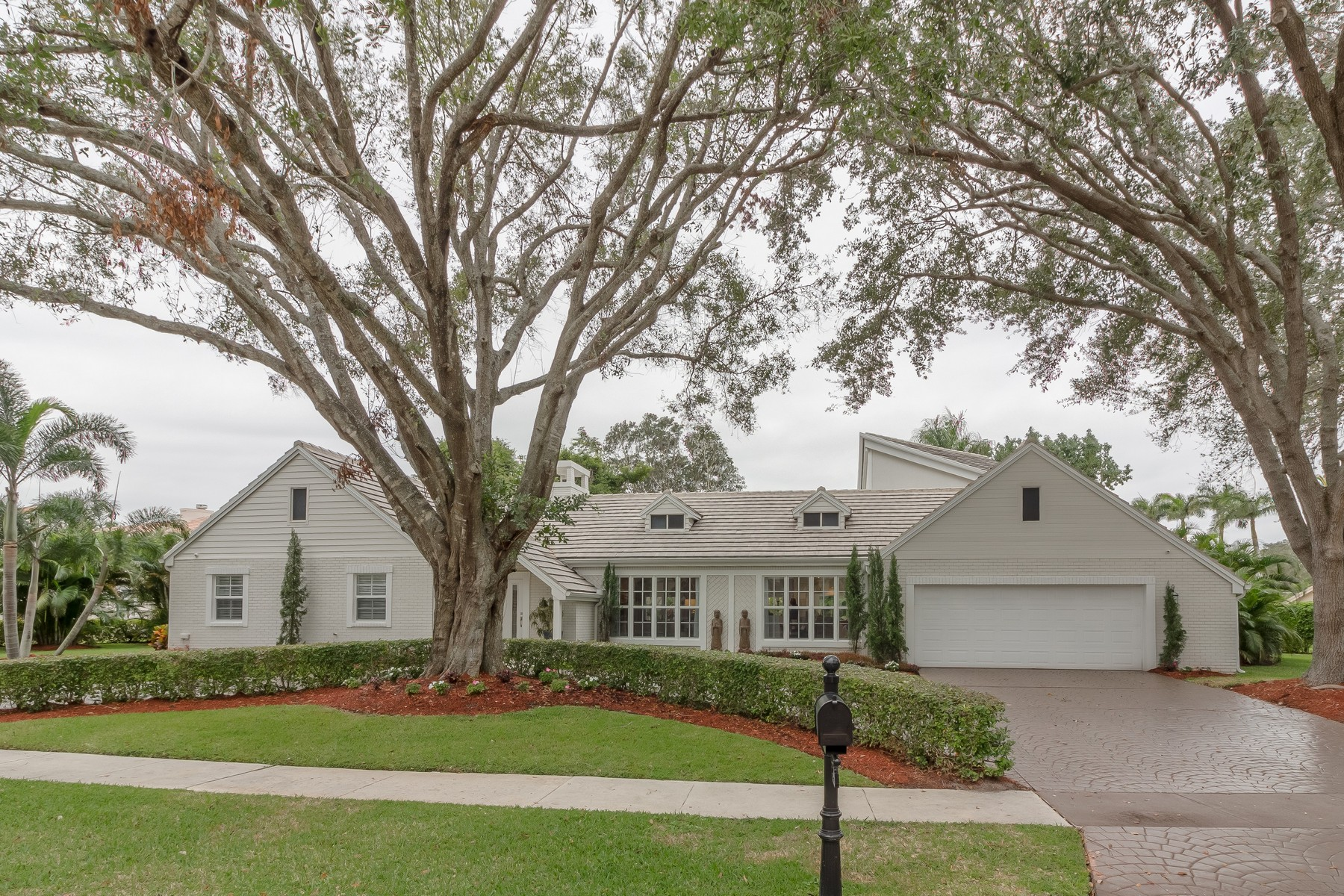 Частный односемейный дом для того Продажа на 2099 NW 30th Rd , Boca Raton, FL 33431 2099 NW 30th Rd Boca Raton, Флорида 33431 Соединенные Штаты