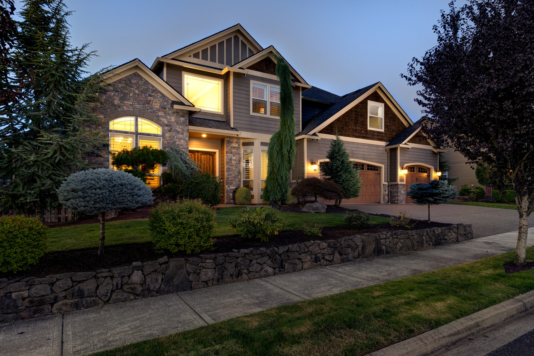 Single Family Homes for Sale at Gorgeous Executive Home in Camas! 1137 NW 43RD AVE Camas, Washington 98607 United States
