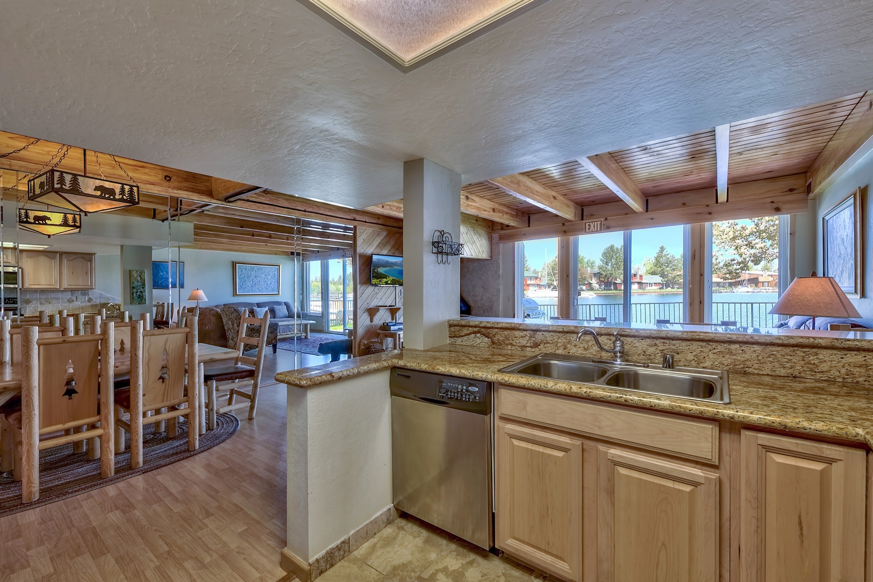 Additional photo for property listing at 439 Ala Wai #135 Blvd, South Lake Tahoe CA 96150 439 Ala Wai #135 Blvd South Lake Tahoe, California 96150 United States