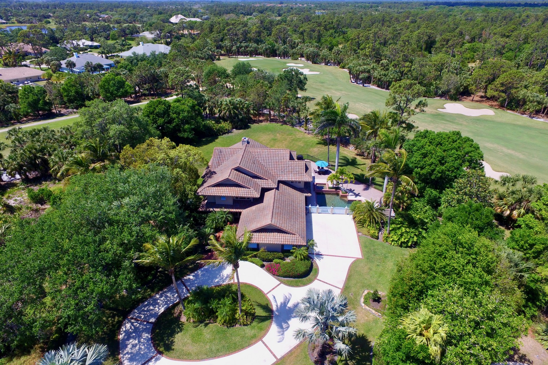 Single Family Home for Sale at Breathtaking 4200+ SF Masterpiece (Golf Optional) 5885 Turnberry Lane Vero Beach, Florida 32967 United States
