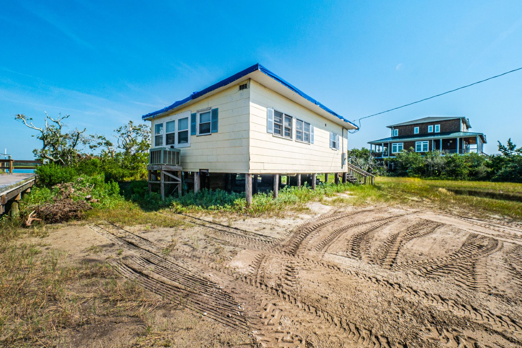Single Family Homes for Sale at Vintage Soundfront Cottage on Topsail Island 1140 N Anderson Blvd Topsail Beach, North Carolina 28445 United States