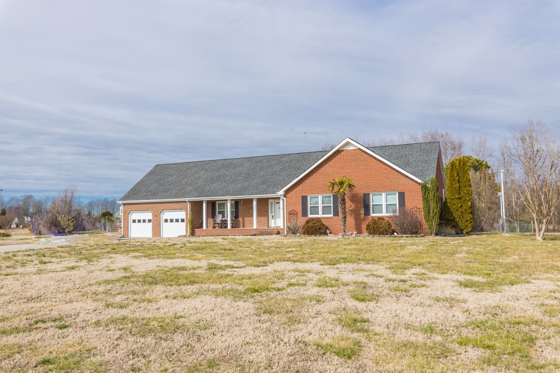 Single Family Home for Sale at Suffolk 1265 Barnes Road Suffolk, Virginia 23437 United States