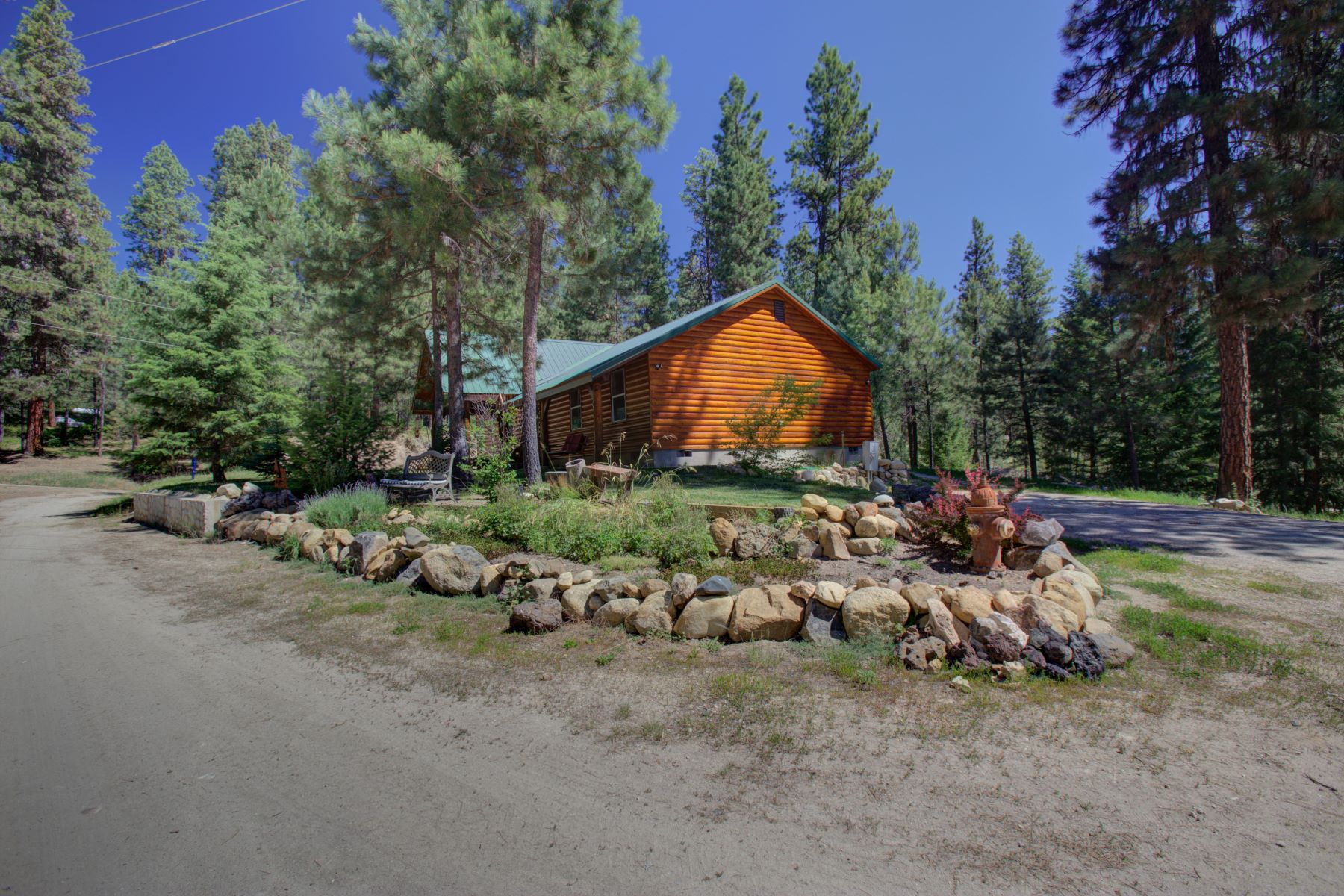 Single Family Homes for Sale at 5 Cedar Court, Idaho City 5 Cedar Ct Idaho City, Idaho 83631 United States