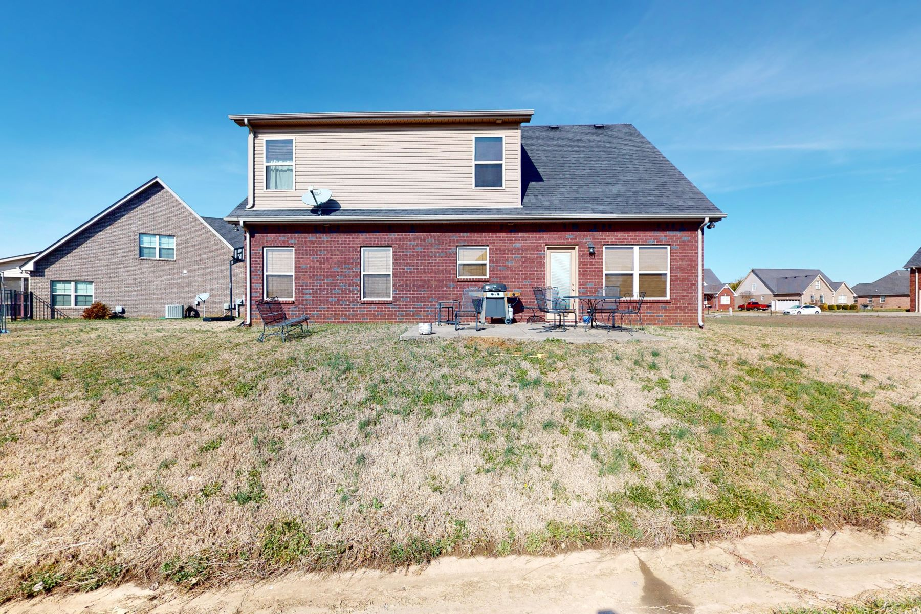 Single Family Homes 용 매매 에 Lovely Brick Home with Open and Spacious Floor Plan 1419 Davy Crockett Drive, Murfreesboro, 테네시 37129 미국