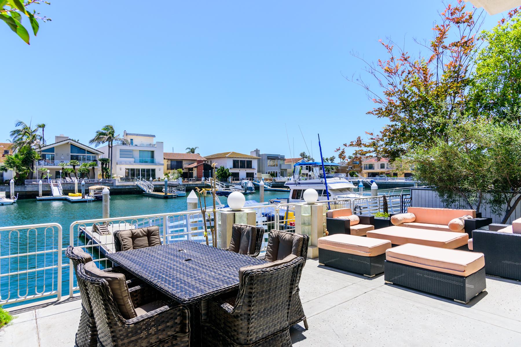 Casa Unifamiliar por un Venta en 44 The Point Coronado, California, 92118 Estados Unidos